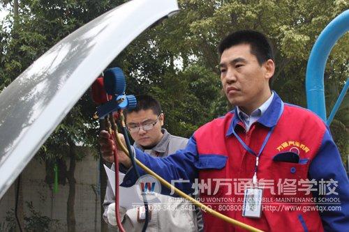 赵永杰在学校期间参加技能大赛并且获得了一等奖