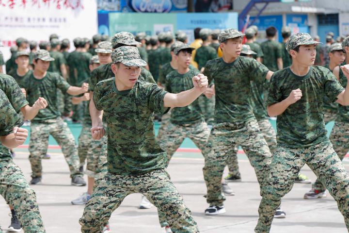 2018年广州万通秋季新生军训