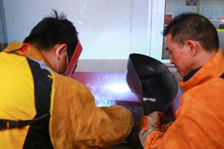 二氧化碳气体保护焊